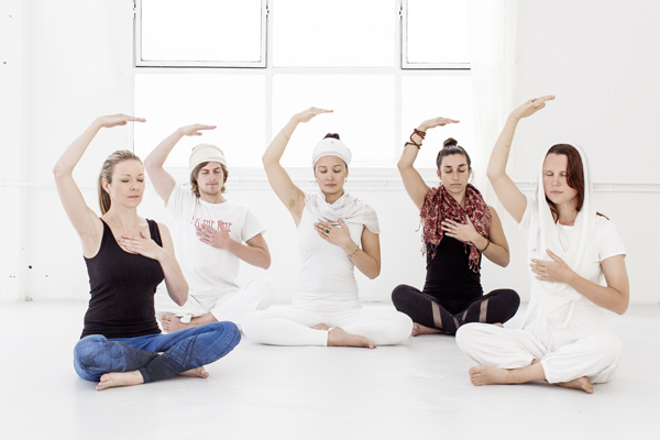 Imagini pentru kundalini yoga in house