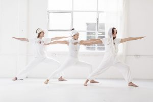 wearing white at kundalini yoga